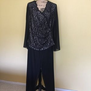 Alex Evenings Blouse & Blu Sage Palazio Pants